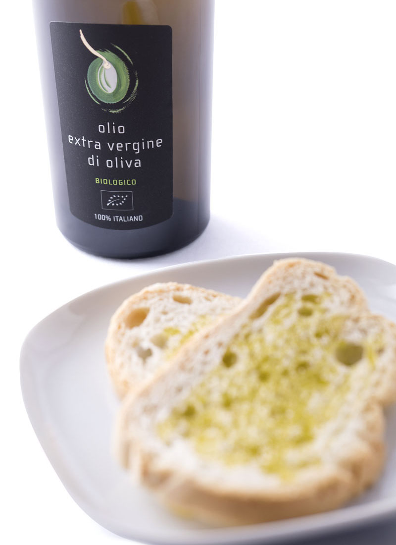 Extra Virgin Olive Oil and bread